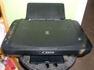 Barely used - Canon Wireless printer - MG3029, new condition