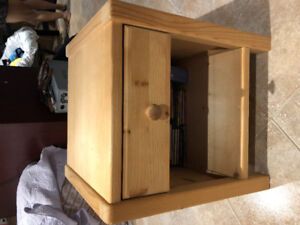 Wood night table with drawer