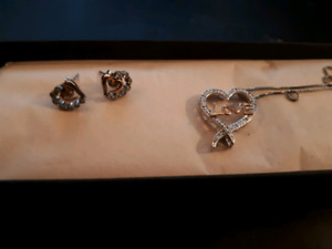 Love necklace and heart earing set from kay jewelry