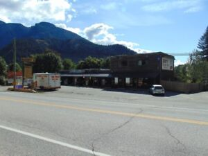For Sale: Convenience & Liquor Store, Includes land and 4-bedroo