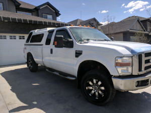 2009 F250 XLT 4x4 with canopy
