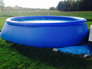 "18 ft x 48"" Swimming Pool"