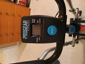 Elliptical and Weight bench with 80 pounds $250 combo Kitchener / Waterloo Kitchener Area image 2