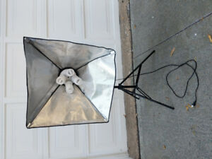 Lighting camera set with stands and diffuser