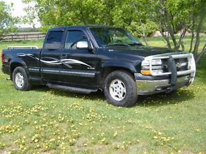 2002 Chevrolet Silverado 1500 G.F,X  lLTD EDITION Pickup Truck
