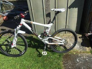 commencal combis bike
