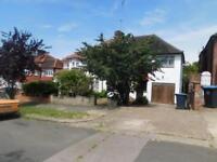 4 bedroom house in Wykeham Hill, Wembley