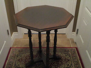 Vintage Elite Furniture Co.N.Y. Mahogany Octagon Accent Table Kitchener / Waterloo Kitchener Area image 2