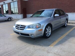 2003 Nissan Maxima GLE sunroof leather seats low km
