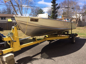 14 FT. Smokercraft Boat and Motor Package