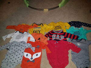 Sz 3 month long sleeve onesies brand new condition $15 all