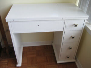 ***PAINTED SEWING MACHINE CABINET***