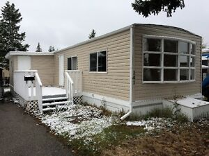 3 Bedroom Mobile Home in Greenwood Park (NW)