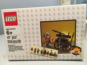 Lego 2016 Exclusive  Classic Knights  Set - 5004419