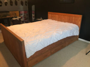 Crate Designs Queen Bed