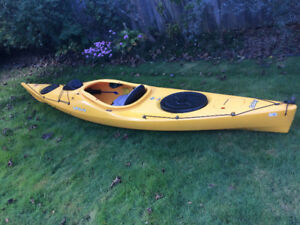 Kayak Venture Islay 12 with accessories