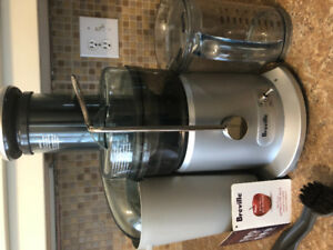 Extracteur à jus Breville JE98XL juice fountain plus