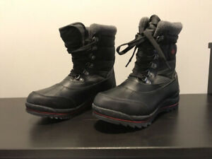 Cougar Canada Women's Black Winter Boots