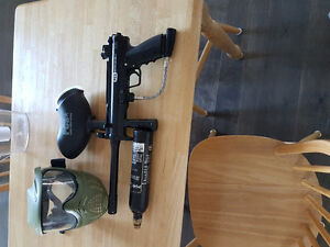 Paintball gun with mask and c02 canister