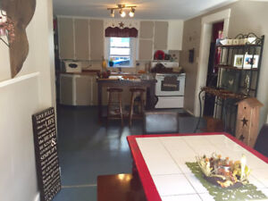 3 Bedroom House, centrally located in Woodstock, NB