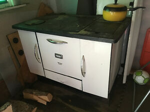 McClary Renown Wood Oven