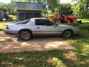 """1985 Chevy Camaro """"Berlinetta"""" F/S"""