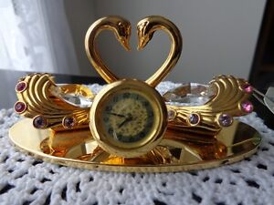 SWAROVSKI CRYSTOCRAFT COUPLES SWANS STAND CLOCK