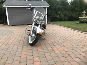 For sale 2009 heritage softail ... low mileage