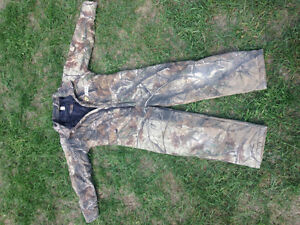 Insulated hunting coveralls