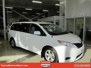 Toyota Sienna LE V6 8 Pass FWD 2013