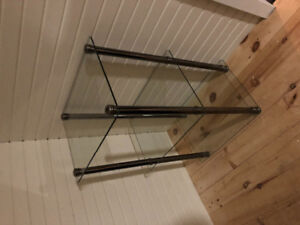 Glass shelving unit