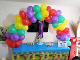 Table balloon arch