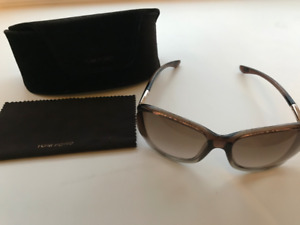 8bbb0d896f0 Tom Ford Jennifer Sunglasses TF8 38F