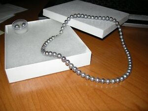 cultered genuine 8-9mm freshwater pearl necklace/earrings set