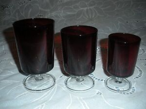 RUBY RED GLASSES -- 18 PIECES