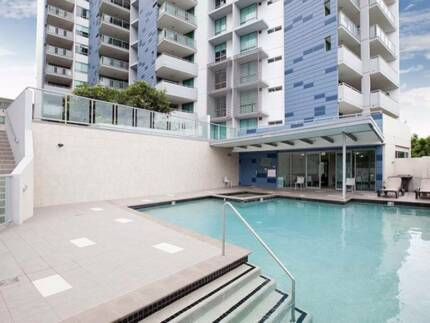 Sub Penthouse Spacious and Modern Apartment River Views 2/3 beds, Brisbane City Brisbane North West Preview