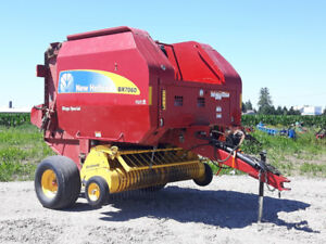 New Holland BR7060 Baler
