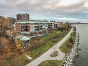 Beautiful Waterfront 2 Bedroom in Portage Place