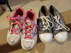 Size 2 1/2 runners & size 2 shoes