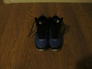 Boys Size 5 Basketball Sneakers