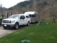 2012 Airstream Flying Cloud 27FB Twin