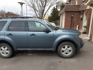 2010 Ford Escape - XLT, 4 cylinder FWD - $5400