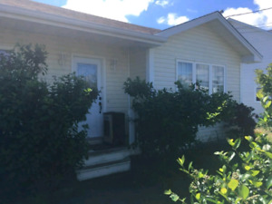** 1/2 month free on one year lease**! Beatiful Torbay! House!