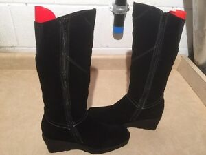 Women's Tall Black Winter Boots Size 9 London Ontario image 2