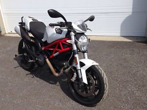 Ducati Monster 796 w/ABS - All original, low milage - NEW PRICE