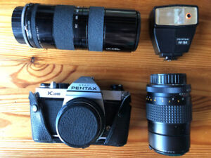 Pentax K1000 35mm SLR Film Camera with 50mm and 85-210mm lens