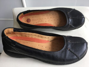 Clarks Unstructured Flats - Leather Shoes - W 9.5