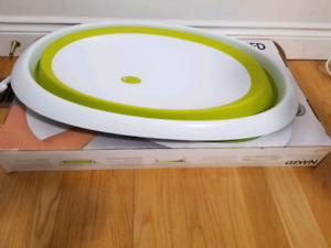 boon collapsible baby bathtub, almost new EUC