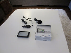 Garmin GPS NUVI 44 LM For Sale