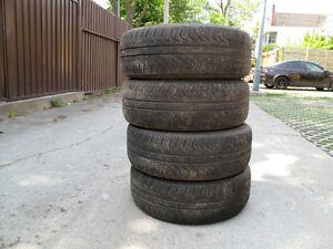 Pneus/Tires 4X 215 65R16 Pirelli P4 4 saisons/seasons